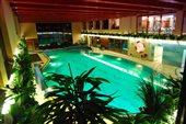diplomat rt bazén noc
